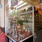 Valencia: recuerdos, falleras y tiendas