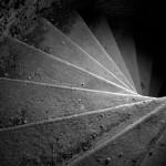 La escalera en blanco y negro
