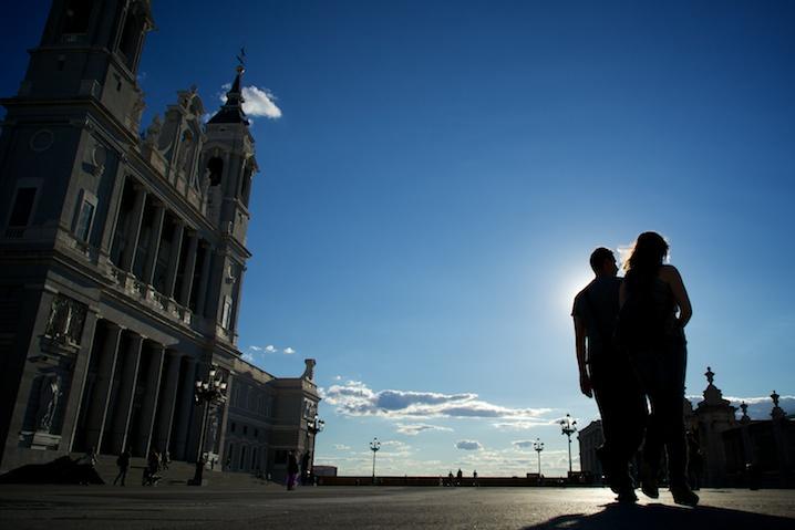 En pareja. Madrid. Sony A7R – ©Juan Luis Polo Hernanz 2014