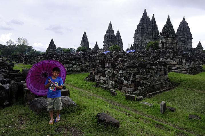 Prambanan, Indonesia. © Alberto Honing